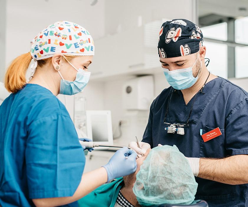 Chirurgia orale Croazia Prezzi - Centro Dentale Štimac
