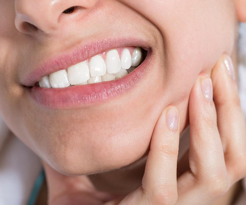 Sintomi della parodontite Croazia - Centre Dentale Štimac